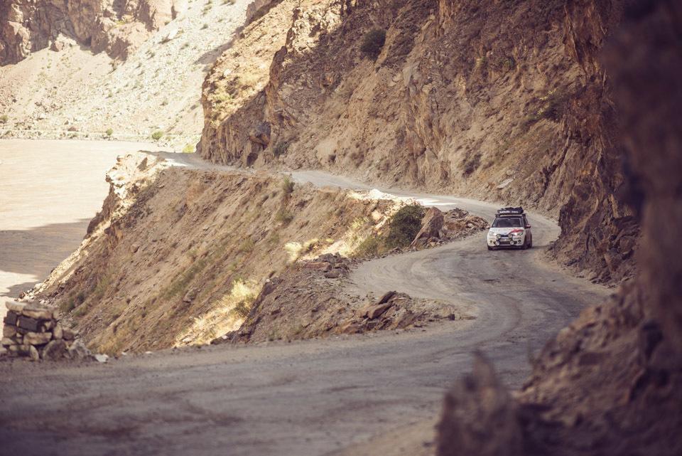 014team-detour-mongol-rally-pamir-highway-tajikistan-afganistan-4655-_DSC3745.jpg