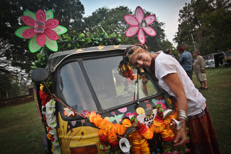 Marise from South African team the Flower Fluffs has a bit of trouble saying goodbye to her rickshaw.