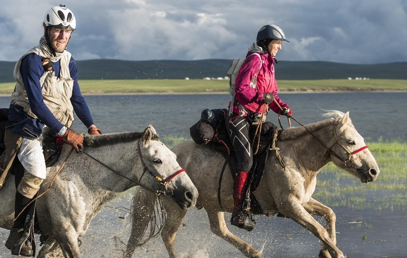 Michaela Gradinger and Matthias Gardlund take to the water after Horse Station 12 -  Monday 13th August  ©Richard Dunwoody