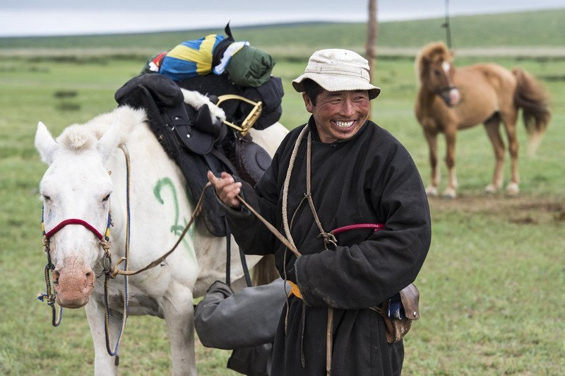 Herder enjoys an early morning joke at Horse Station 3 ©Richard Dunwoody
