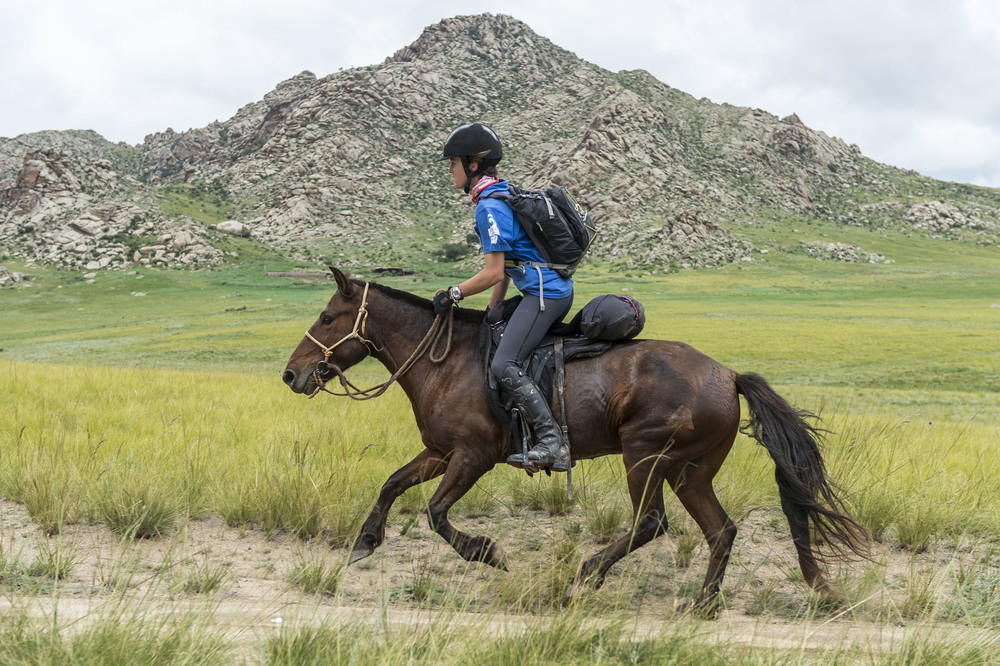 Chloe Phillips-Harris on the last leg of the Mongol Derby, 11th Aug 2013