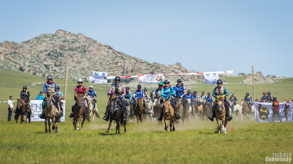 The 2014 Derby is underway, as the riders cross the start line. The dust clouds could be seen from space, probably. Click to enlarge.