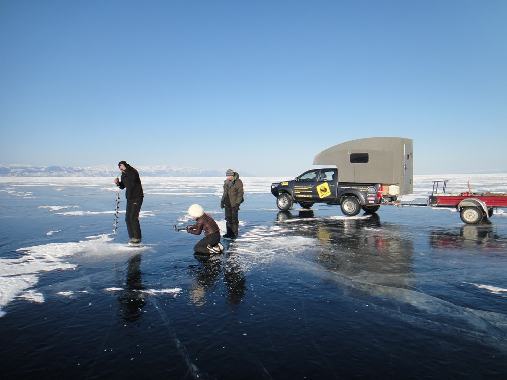 Testing the ice thickness