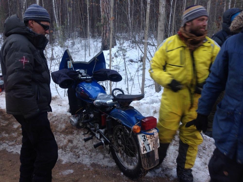 Hugh & Coz's Ural sans sidecar