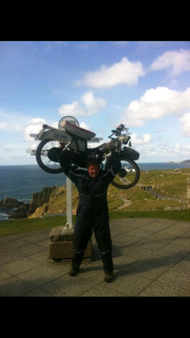'LE JoG' on a 50 cc moped - 2012