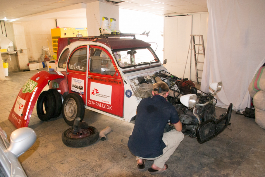 2cv surgery in Iran 04.08.png