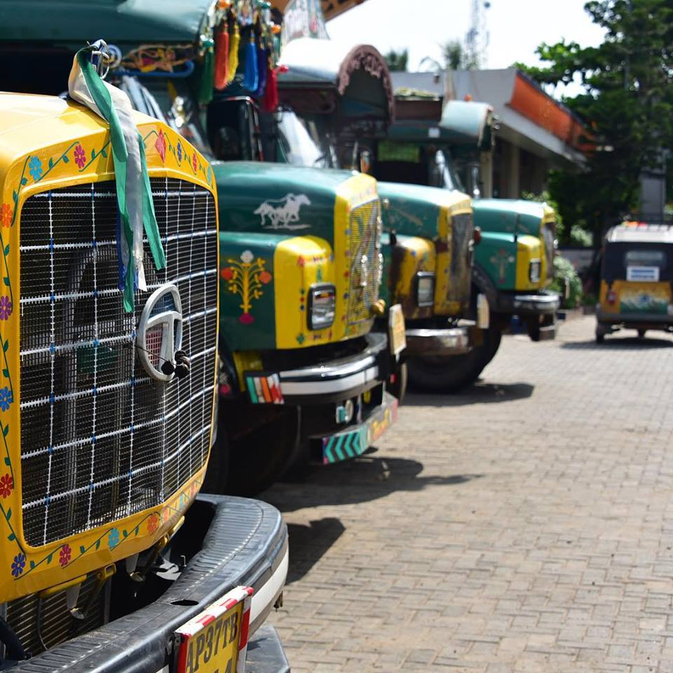 cool runnings 14.08.2015 with trucks rickshaw run.jpg