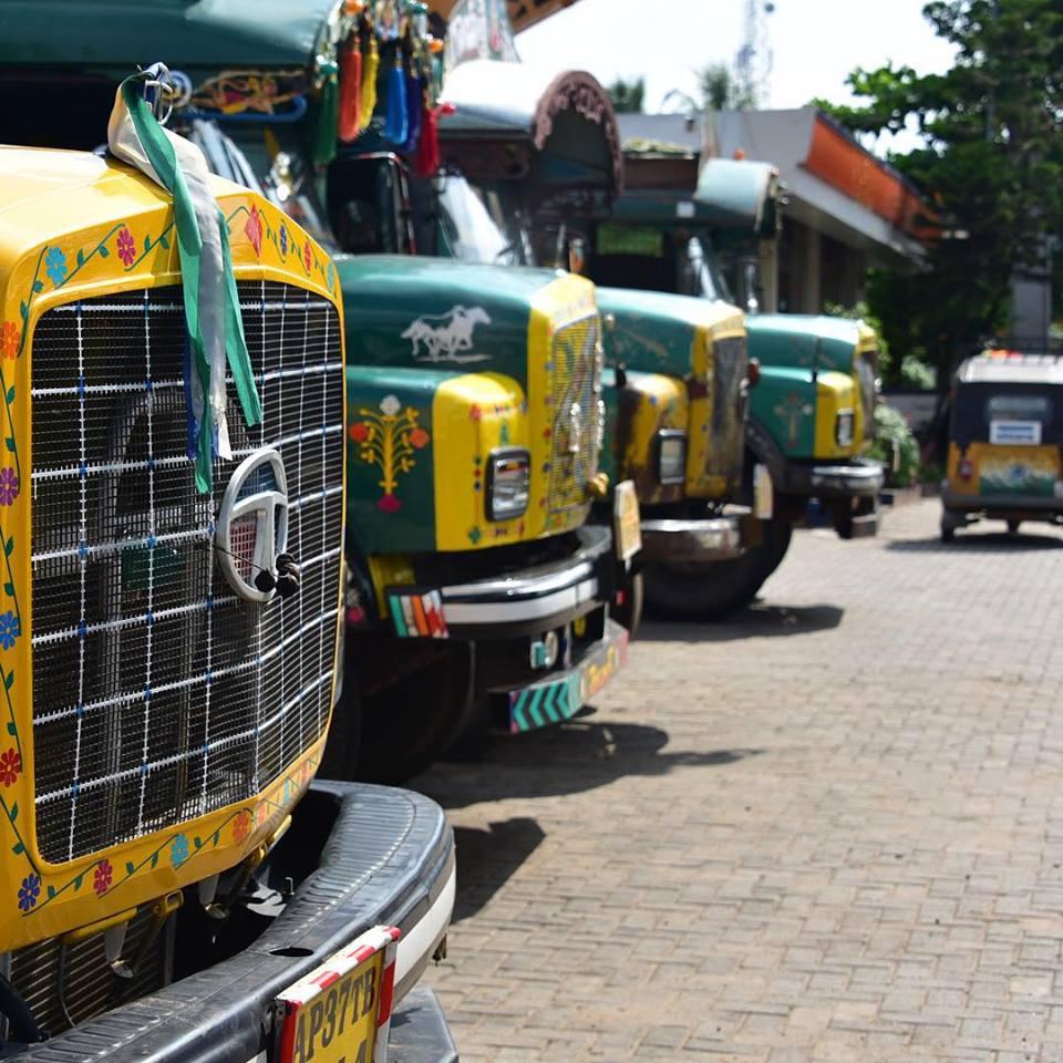 cool runnings 14.08.2015 with trucks rickshaw run.jpg