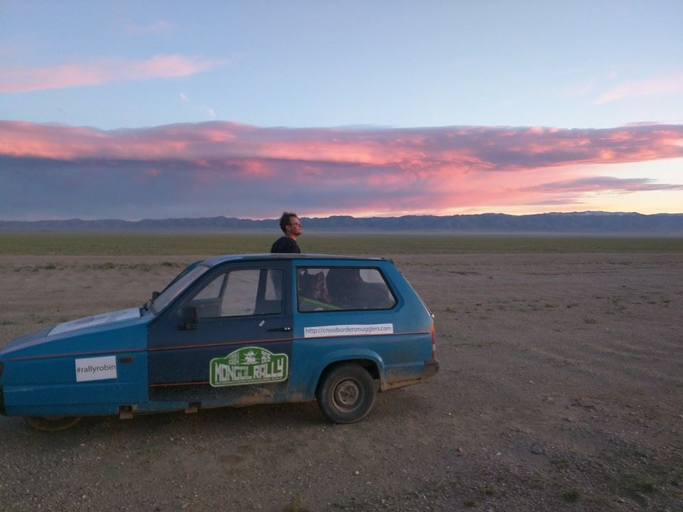 cross border smugglers in mongolia 21.08.2015.jpg