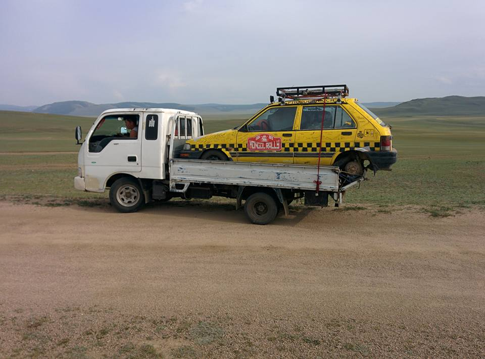 khan fly in mongolia on tiny truck 01.09.2015.jpg