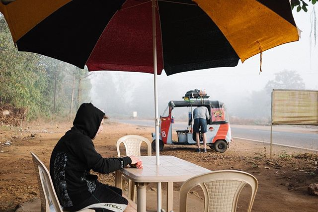 RRJan17 - Day 7, Sam Hendrick @sjhendrick %22India is colder than anticipated before sunrise. A foggy view, packet of biscuits and bad coffee was our breakfast this morning but spirits remain high.%22jpg.jpg