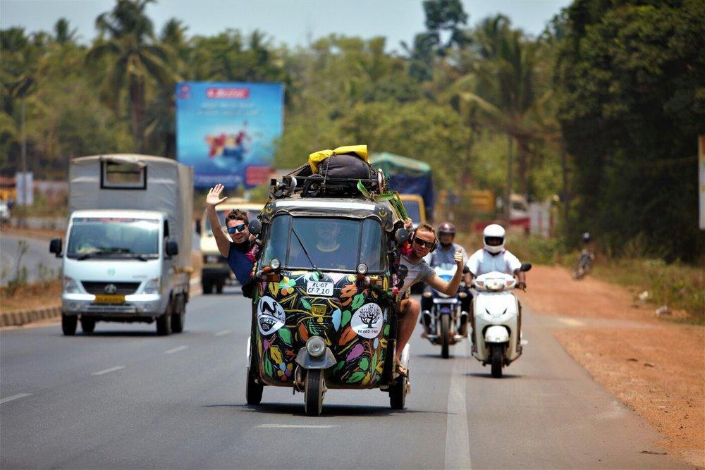 Born 2 Rickshaw Run caught this cracking shot on the road