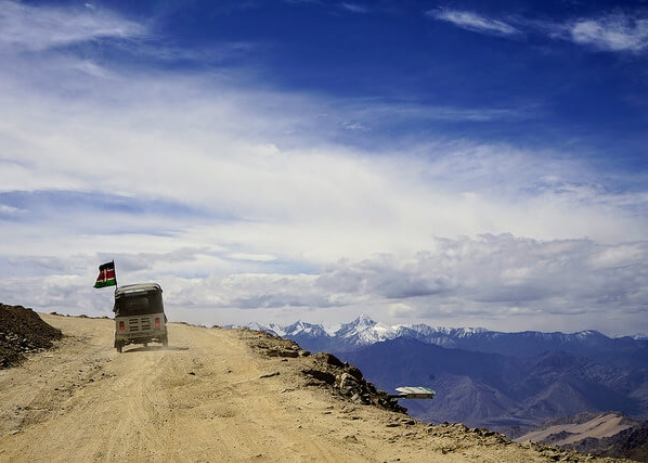 Rickshaw Run Himalaya5.jpg