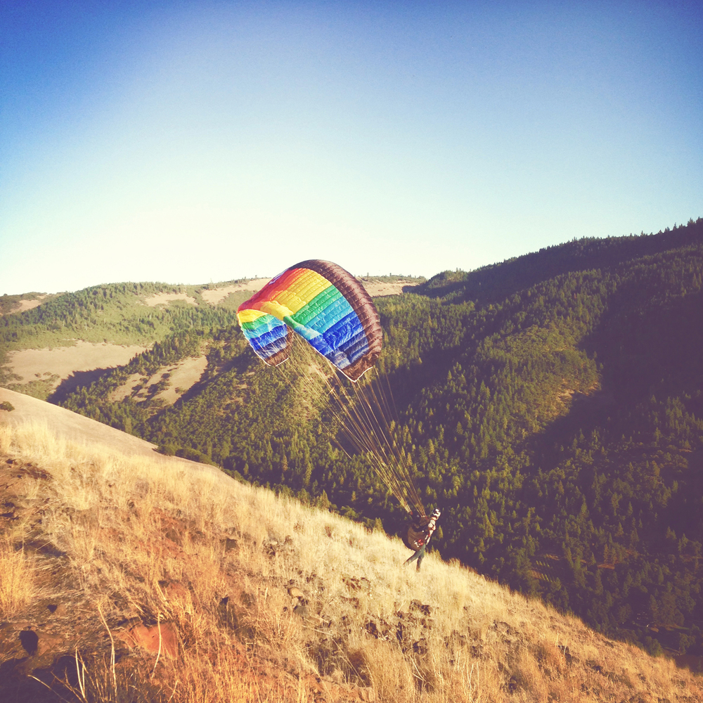 Paragliding and speedflying lessons in Portland, OR.