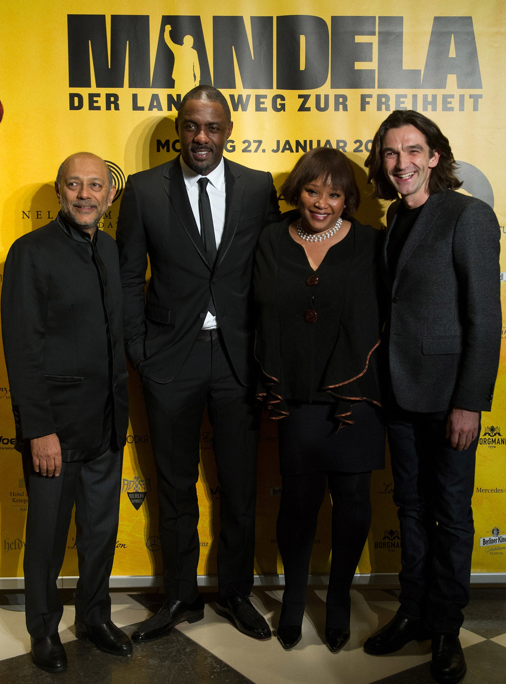 Anant Singh, Idris Elba, Zindzi Mandela and Justin Chadwick / Videovision Entertainment (p)