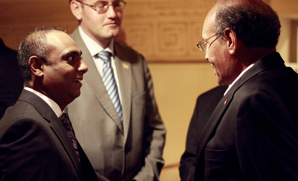 Nilesh Singh, Graeme Bradley (First Secretary Political – SA Embassy in Tunis), President Moncef Marzouki of Tunisia / Videovision Entertainment (p)