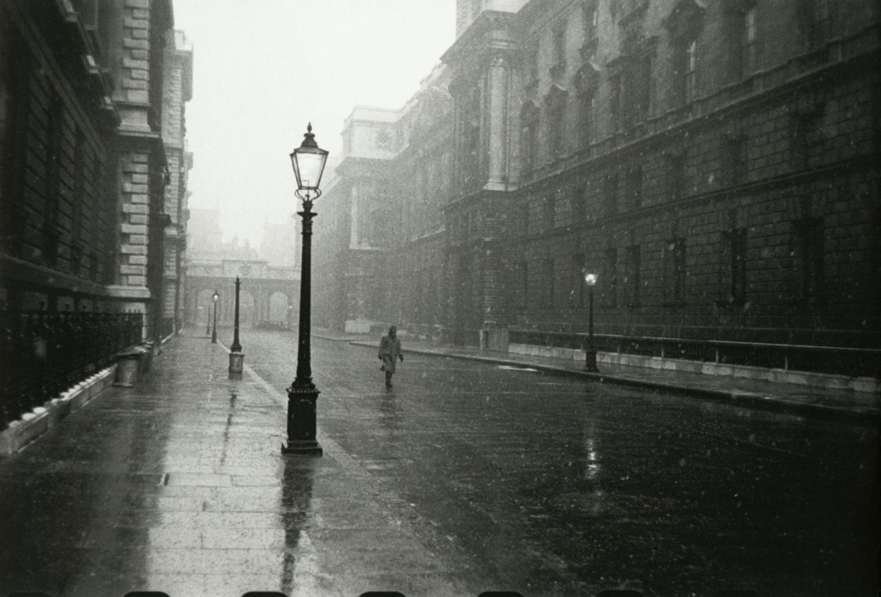 liquidnight :      Robert Frank    London, 1951-1953   From  London/Wales