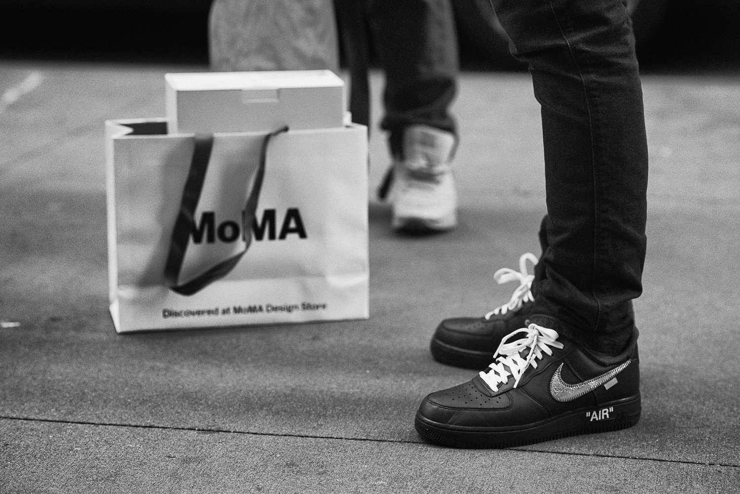 trimestre Sudor gasolina  What people wore to the MoMA x Virgil Abloh Off-White Nike Air Force 1  Launch — Ricky Opaterny