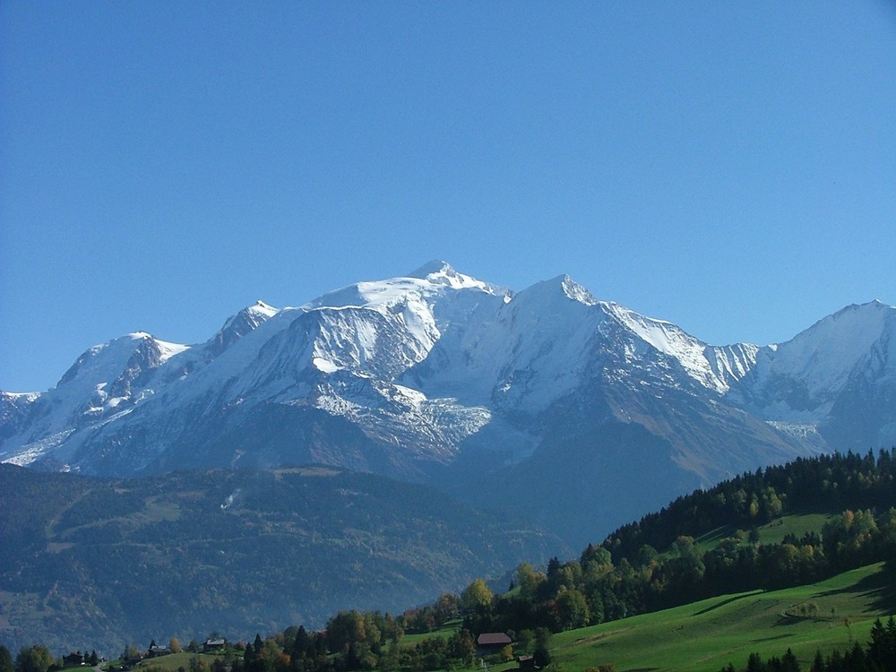 Mont_Blanc_oct2004.JPG