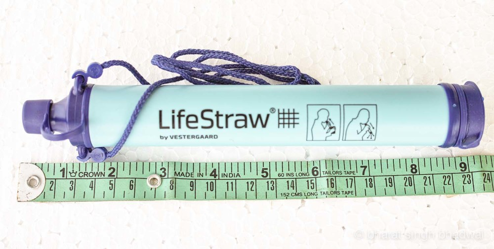 Lifestraw size in inches and centimetres.