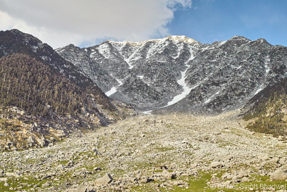 A usual pass through Dhauladhar mountains
