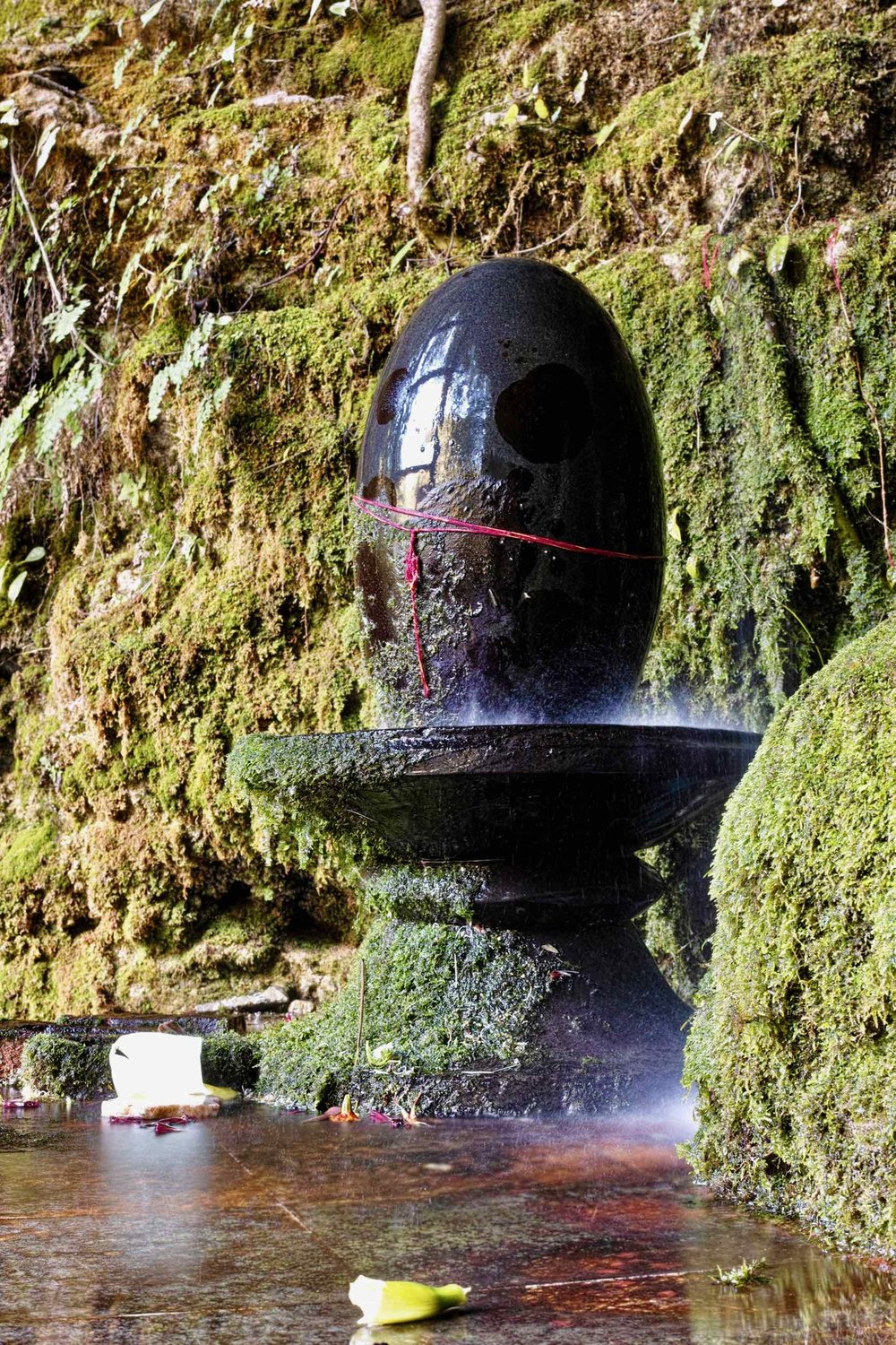Shiva Temple near Mossy Fall - Barlowganj
