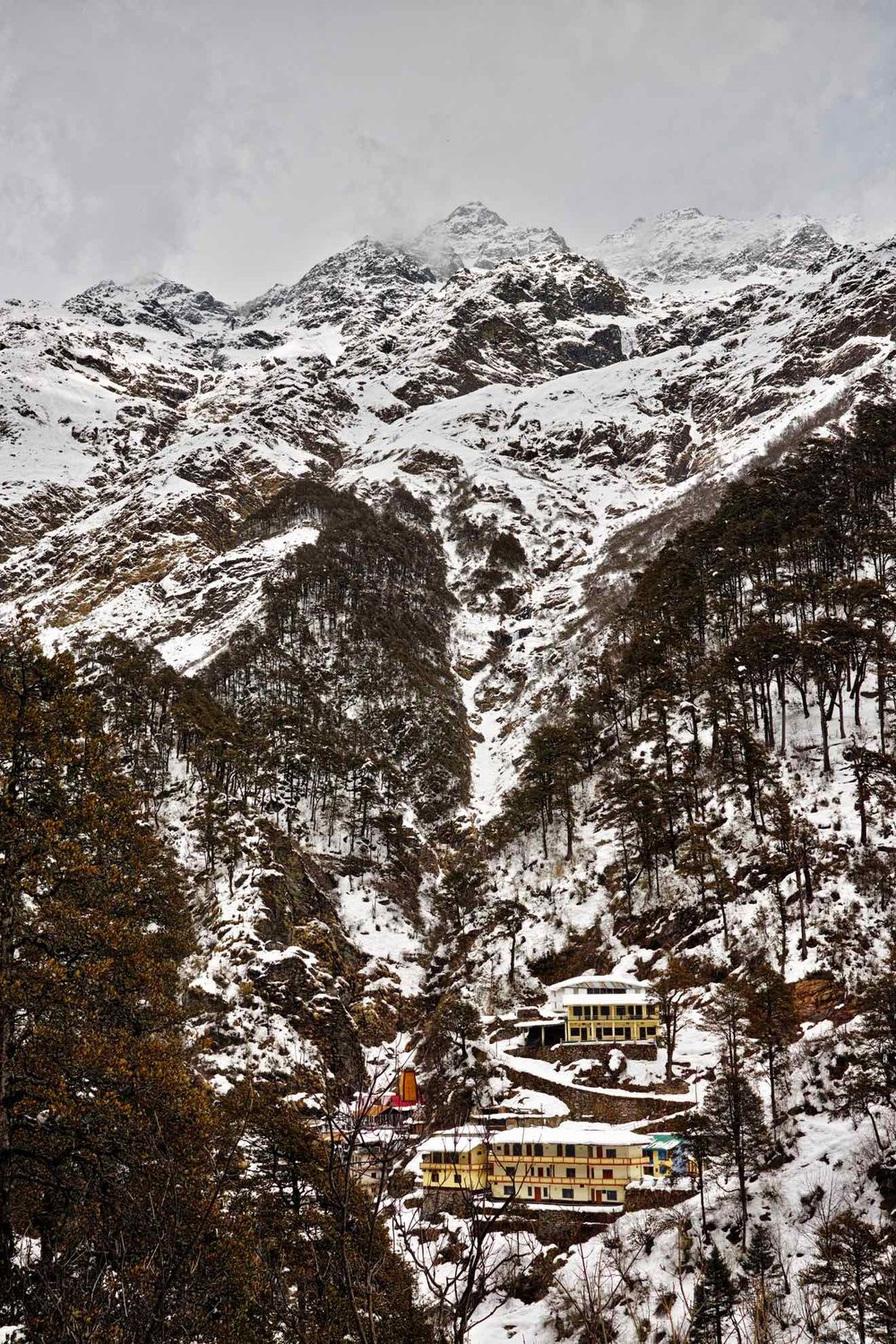 Yamunotri temple flanked by Bandarpoonch in Winter/Spring 2017.