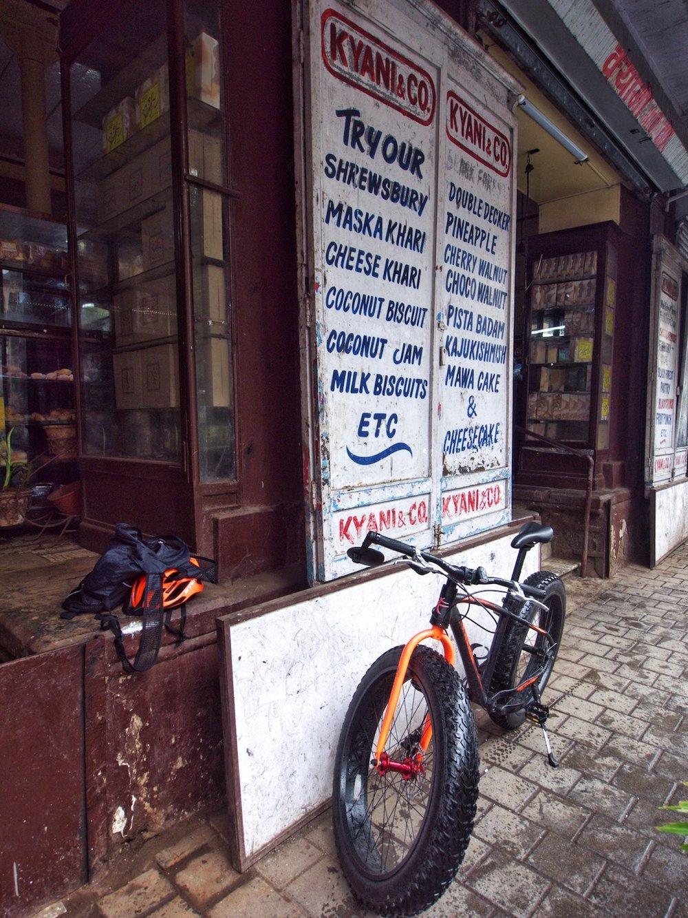 Kyani bakery on a bicycle  Mumbai.jpeg