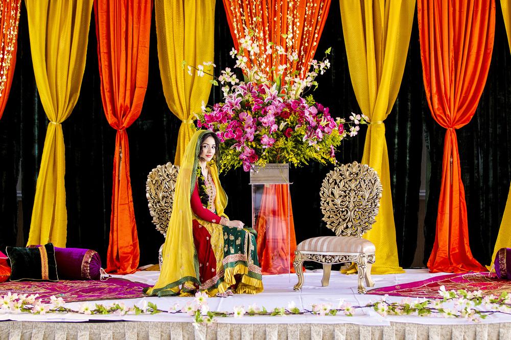 Hello hola Salam Namaste Sat Sri Akal Imperial Decor
