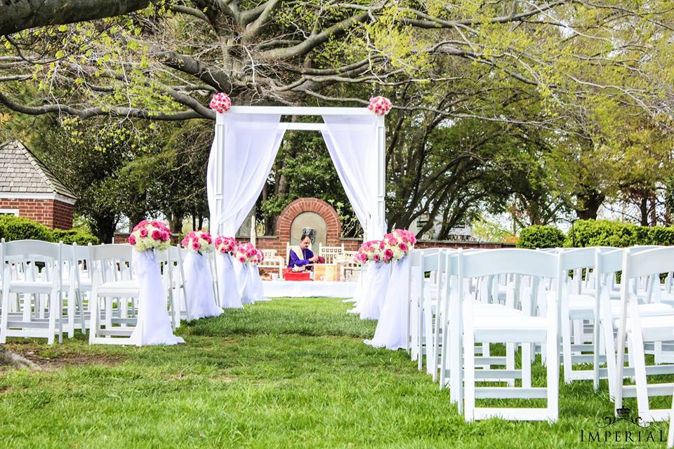 Beautiful Maryland Indian Wedding Ceremony Set In Rural Country Elegance