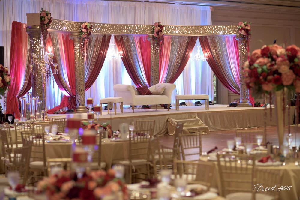 Modern Regal Wedding Imperial Decor