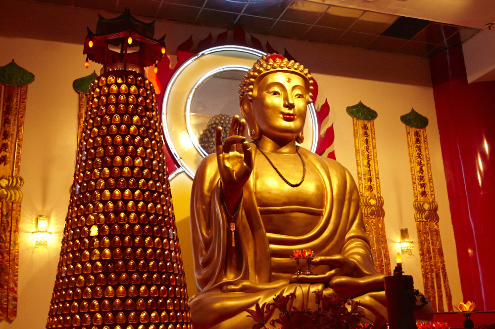 Buddhist_Temple_006.jpg