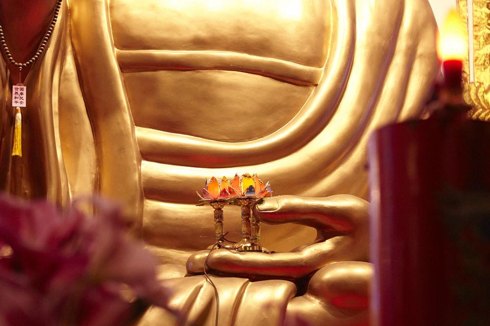 Buddhist_Temple_062.jpg