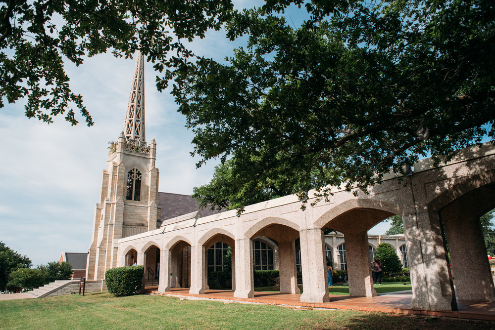 BelltowerChapelGarden-OutsideReception-AggieWedding-16.jpg