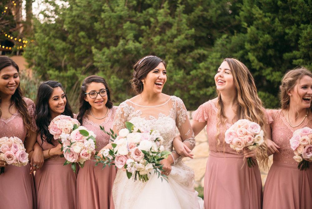 AggieWedding_CollegeStation_WeddingPhotographer_16.jpg