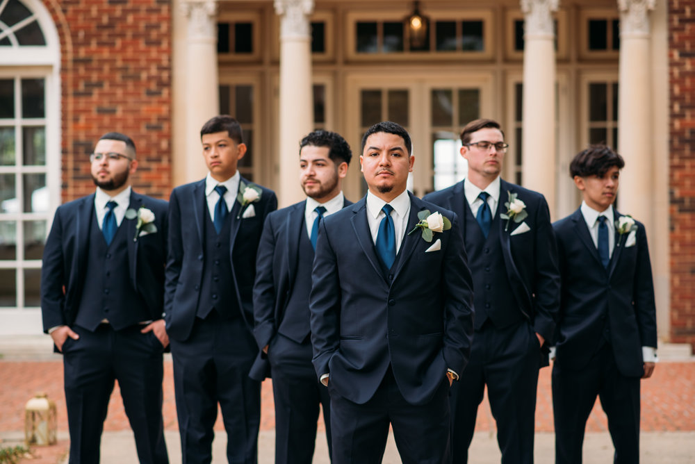 AstinMansion_CollegeStation_WeddingPhotographer008.jpg