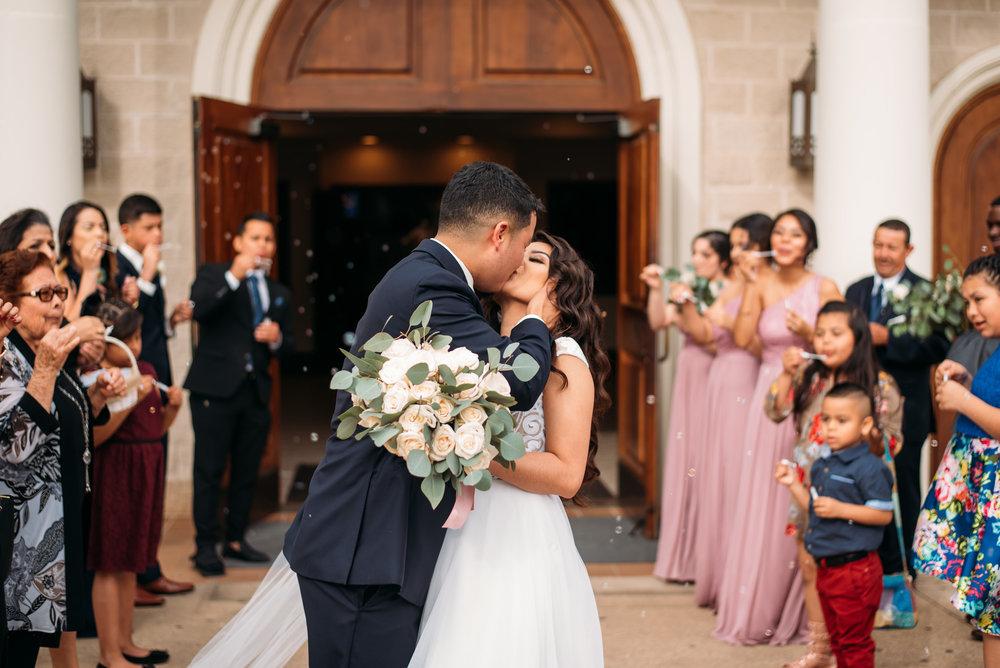 AstinMansion_CollegeStation_WeddingPhotographer033.jpg