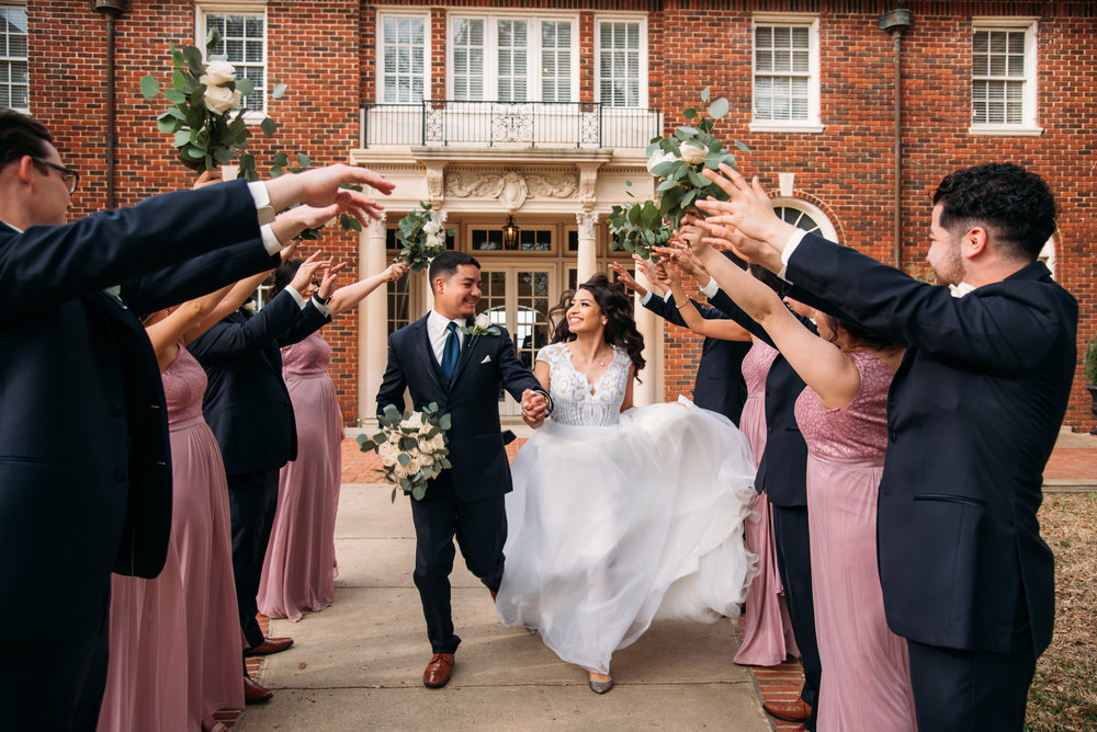AstinMansion_CollegeStation_WeddingPhotographer038.jpg