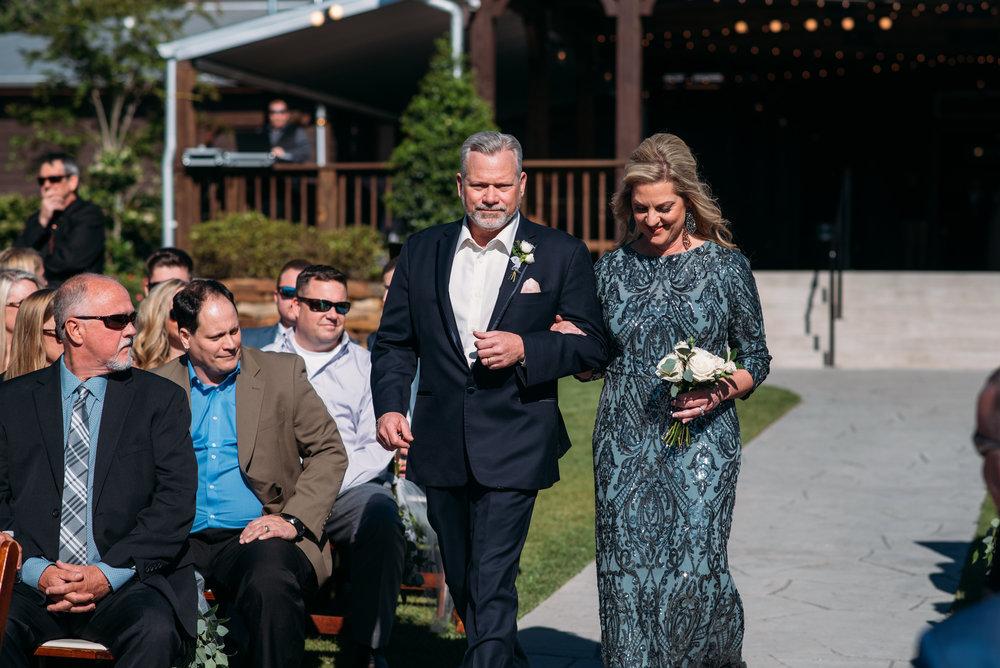 CollegeStation_WeddingPhotographer_PeachCreekRanch_028.jpg