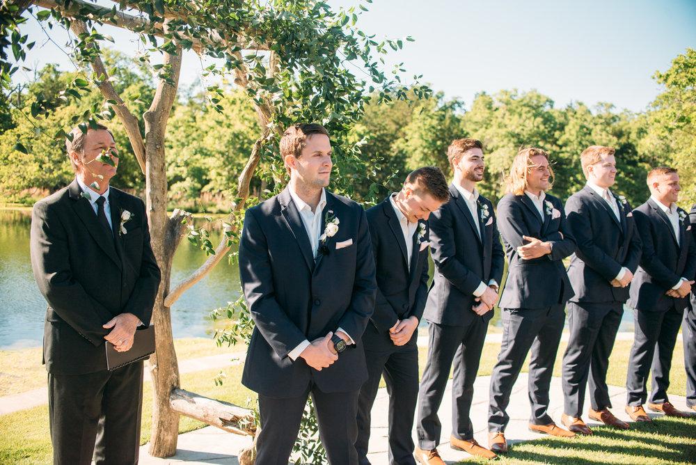 CollegeStation_WeddingPhotographer_PeachCreekRanch_031.jpg