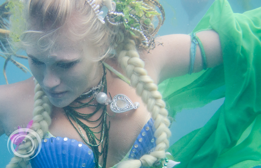 long_hollow_studio_karma_karmelita_mermaid_session (44 of 152).jpg
