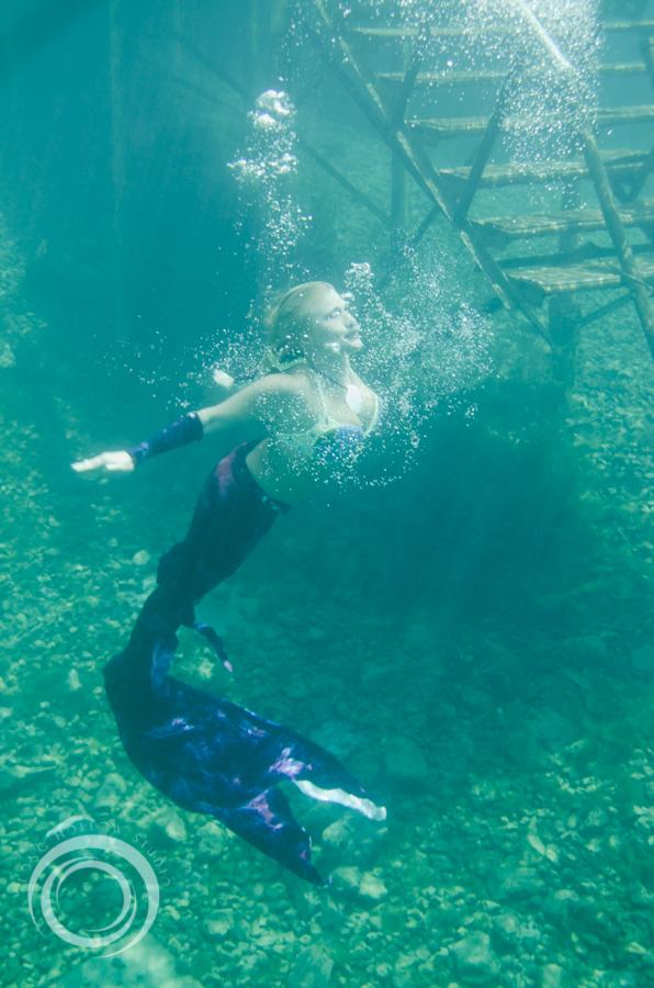 long_hollow_studio_karma_karmelita_mermaid_session (140 of 152).jpg