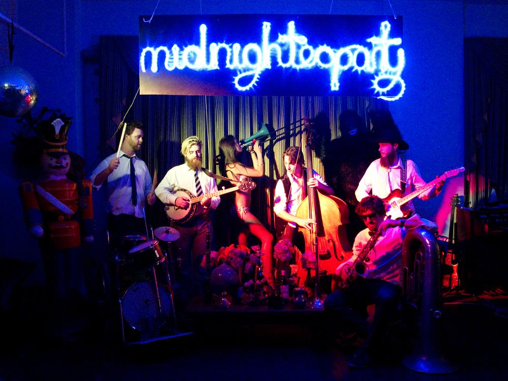 Midnighteaparty_shot4.jpg