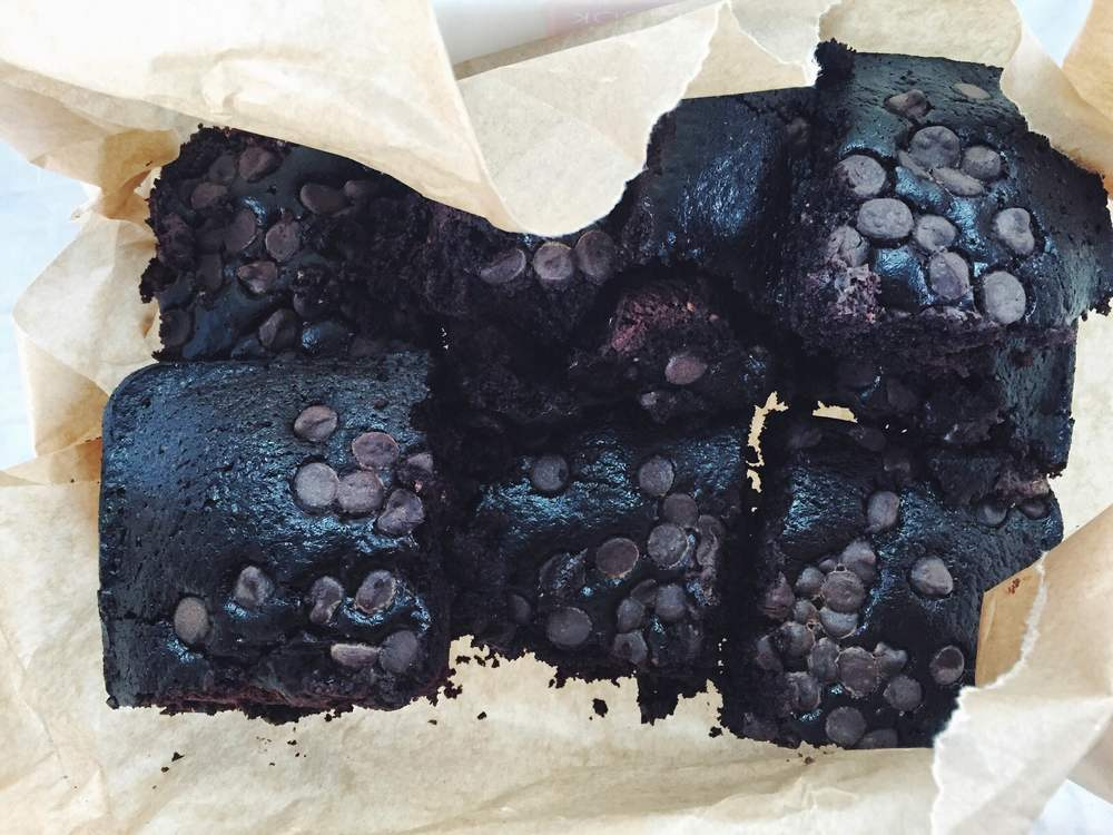 vegan avocado brownies