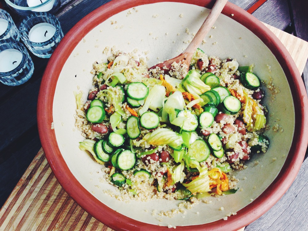 courgette and borlotti bean salad with quinoa