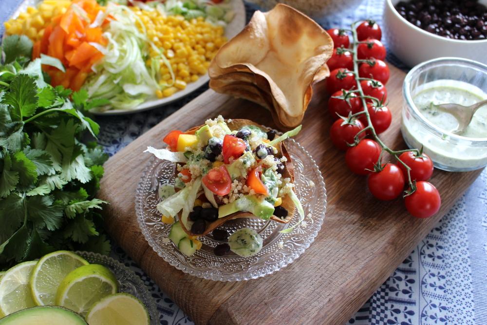 quinoa salad bowls
