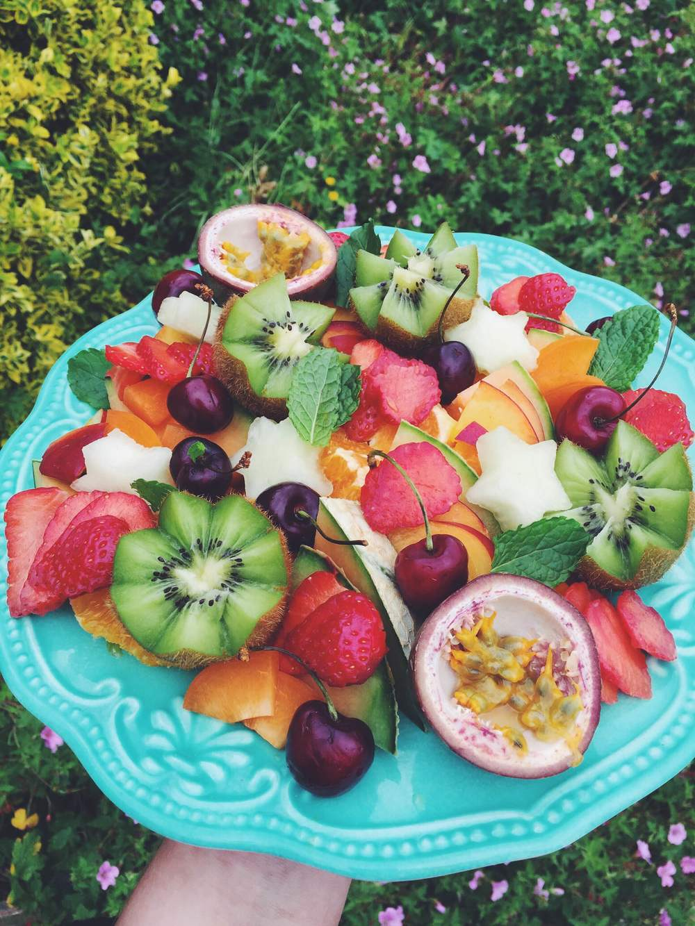 Fruit platters for breakfast < 3