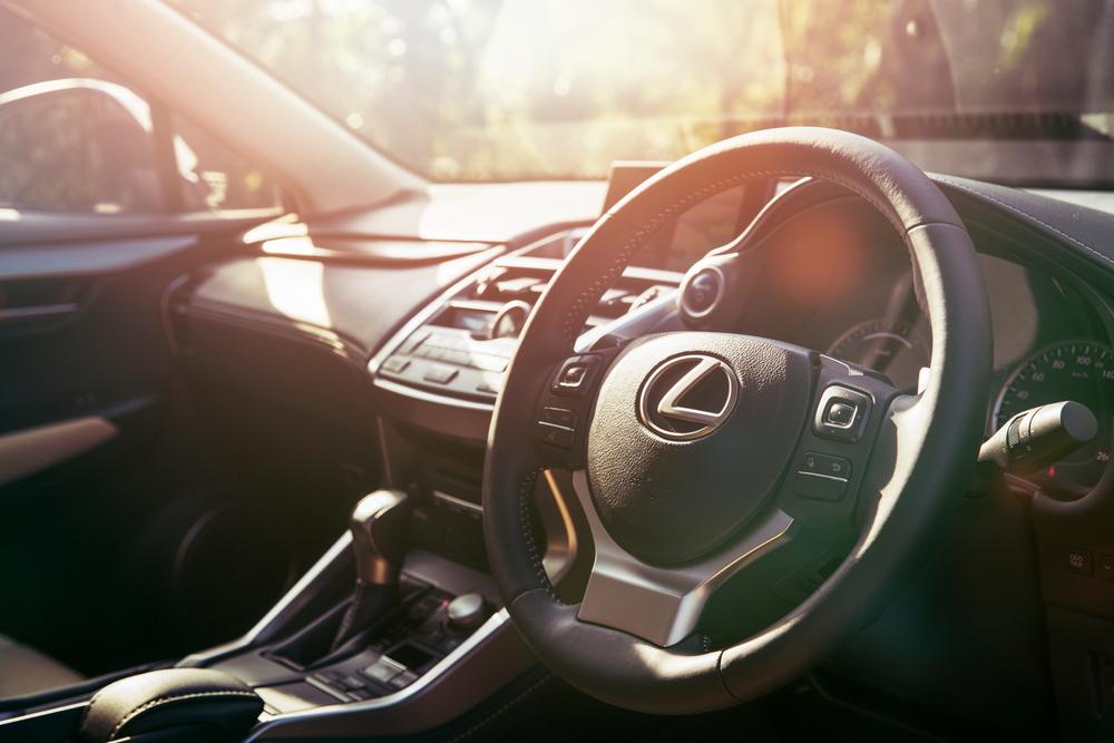 Lexus_interior_3lowres.JPG