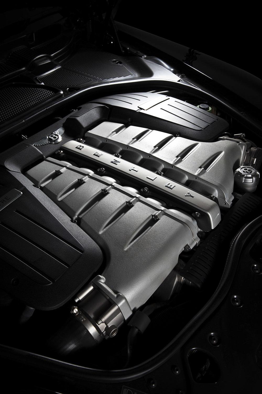 Bentley_engine_2.JPG