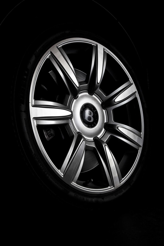 Bentley_wheel_1.JPG